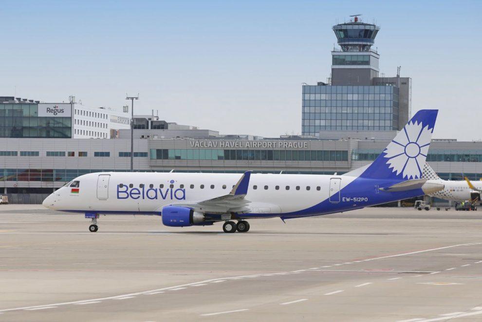 Embraer E175 v barvách Belavie v Praze. Foto: Letiště Praha