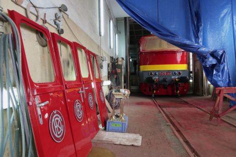 Lakování lokomotivy T 478.3101 Foto: České dráhy