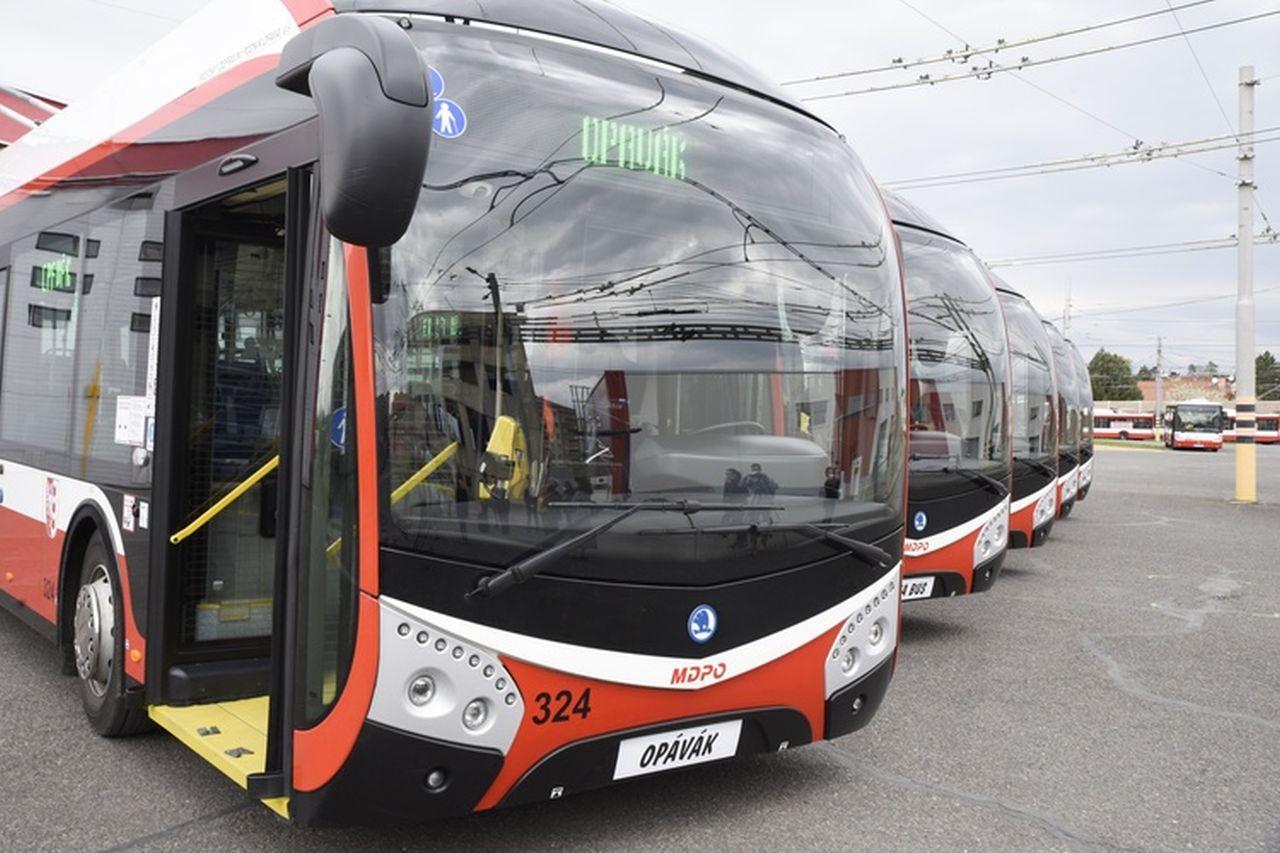 Nové trolejbusy Škoda 32 Tr pro Městský dopravní podnik Opava (MDPO). Foto: Opava.cz