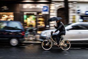 Obyvatel Paříže na kole. Foto: Tiomax80 / Flickr.com