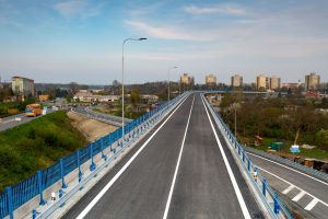 Nová část I/55 s mostem přes koridor na průtahu Přerovem. Pramen: ŘSD