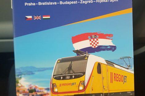 Průvodce palubním servisem vlaku RegioJetu do Chorvatska. Foto: Jan Sůra / Zdopravy.cz