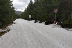 Stav silnici II/290 u Smědavy 7. května 2021. Foto: Liberecký kraj