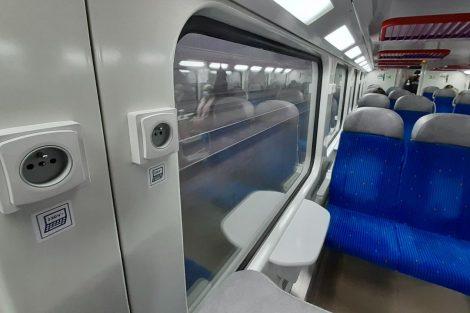 Interiér 2. třídy v jednotce CityElefant. Foto: České dráhy