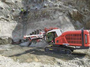 Výstavba VMO Brno na Žabovřeské, příprava na odstřel. Pramen: ŔSD