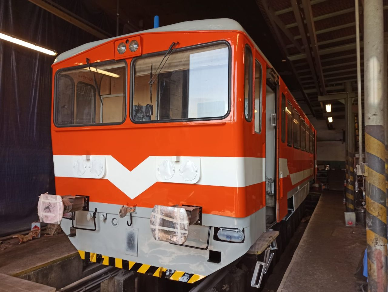 Motorový vůz 811.020 společnosti Railway Capital. Foto: Jan Šatava