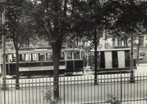 Možná první německé tramvaje v Liberci byly otevřené vlečné vozy z roku 1900. sbírka Boveraclub