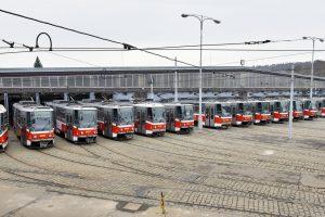 Tramvaje T6A5 ve vozovně Motol. Autor: DPP - Robert Mara