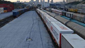 Odjezd nákladního vlaku z Halkali do Kolína. Foto: Mars Logistic