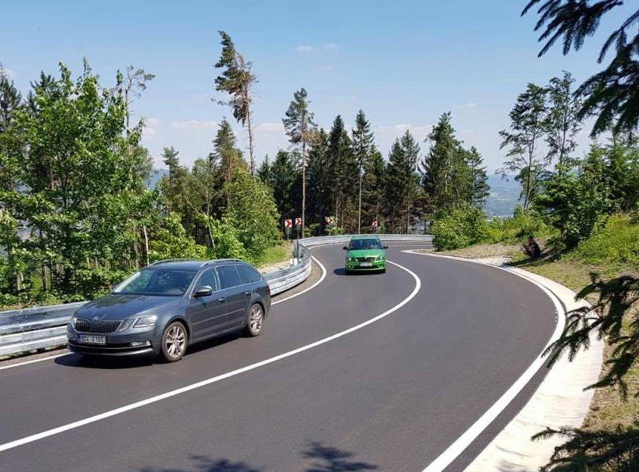 Opravená silnice z Liberce na sedlo Výpřež. Foto: Liberecký kraj
