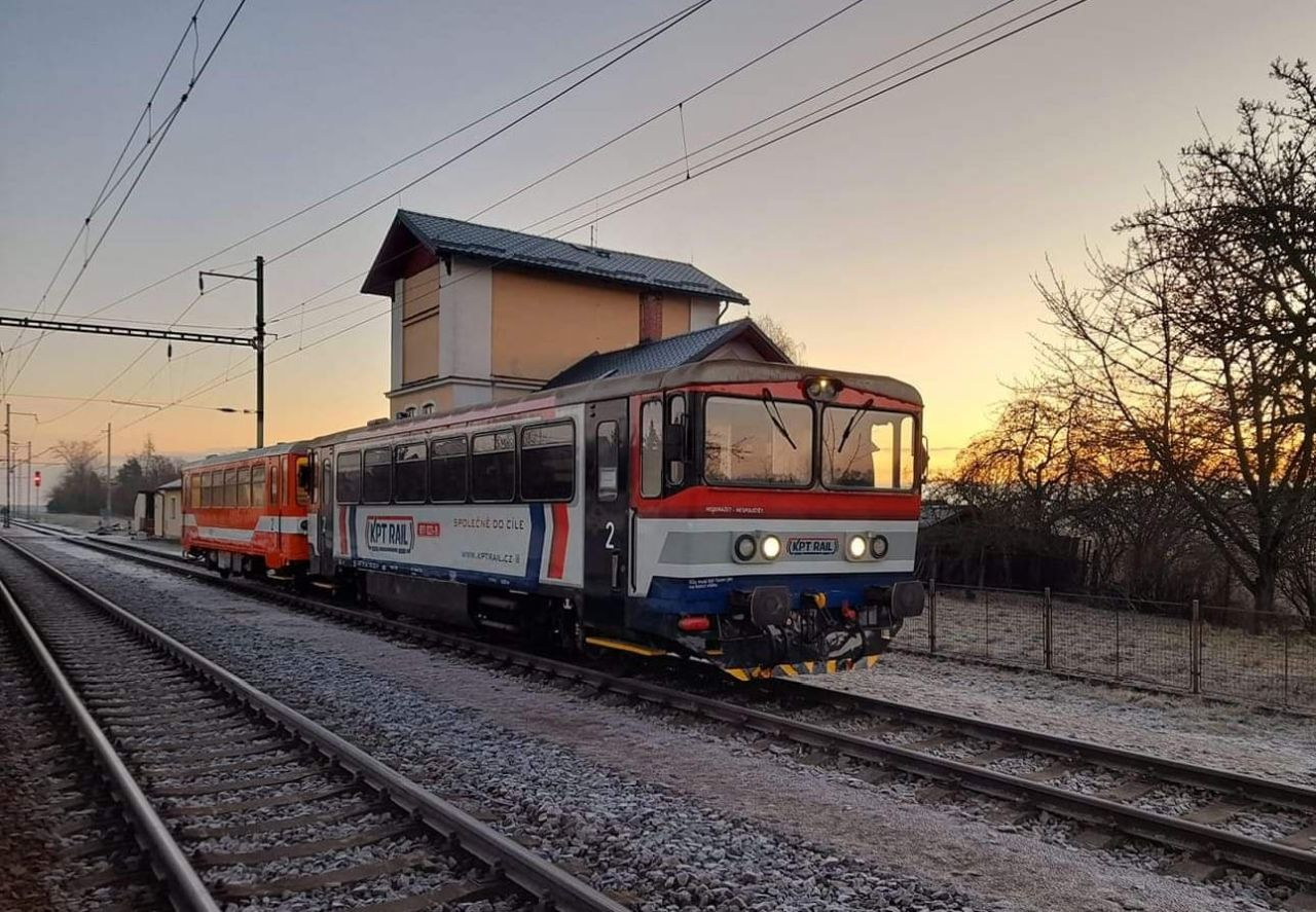 Motorový vůz 811. Foto: FB KPT Rail