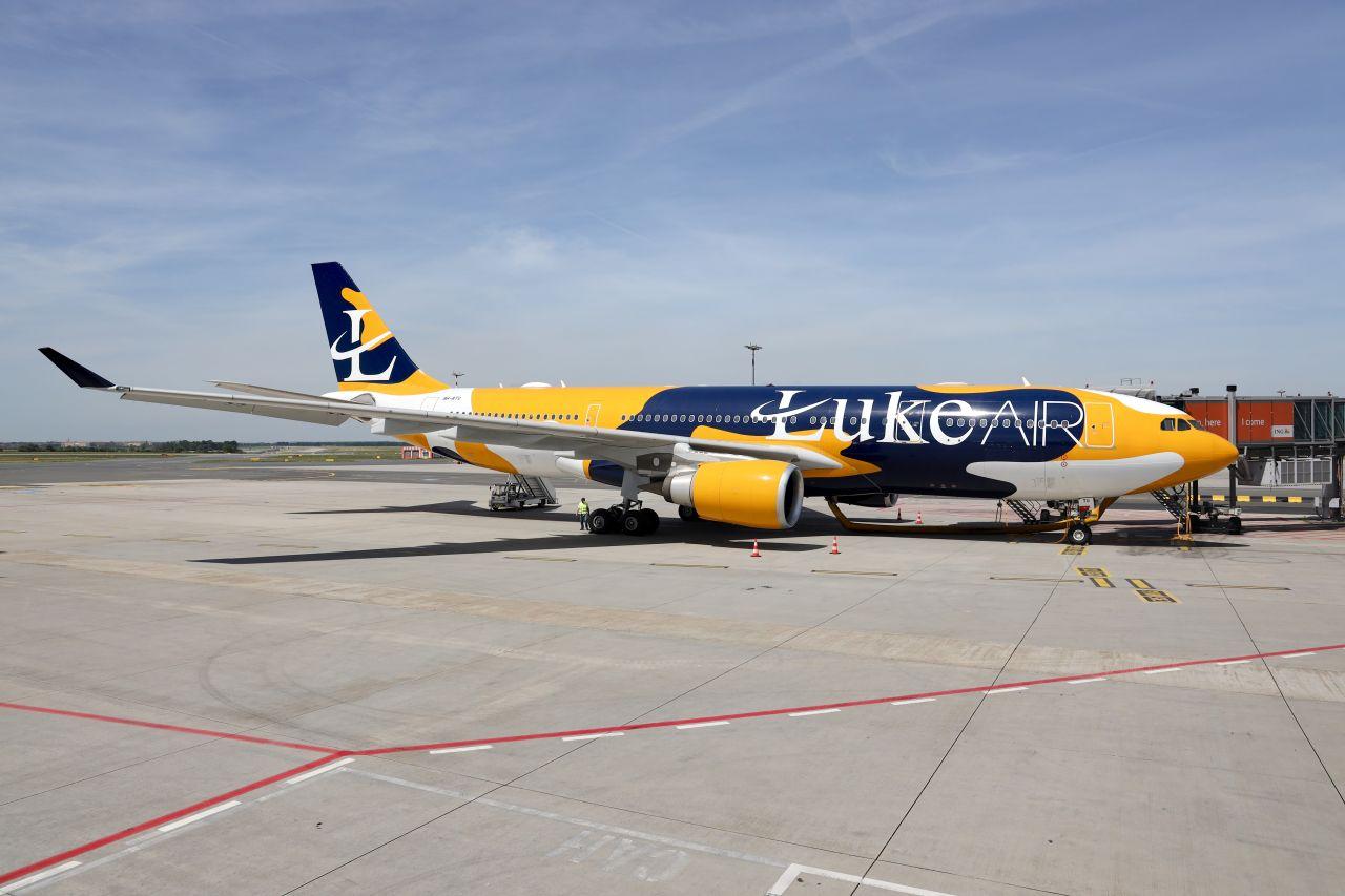 Airbus A330-200 Luke Air v Praze. Foto: Martin Meluš / Letiště Praha