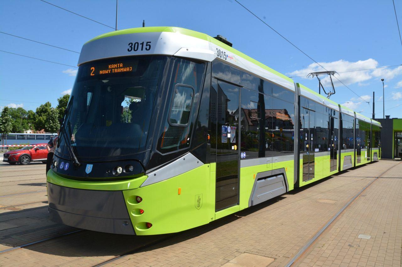 Nová tramvaj Durmazlar Panorama pro Olštýn. Foto. MPK Olzstyn