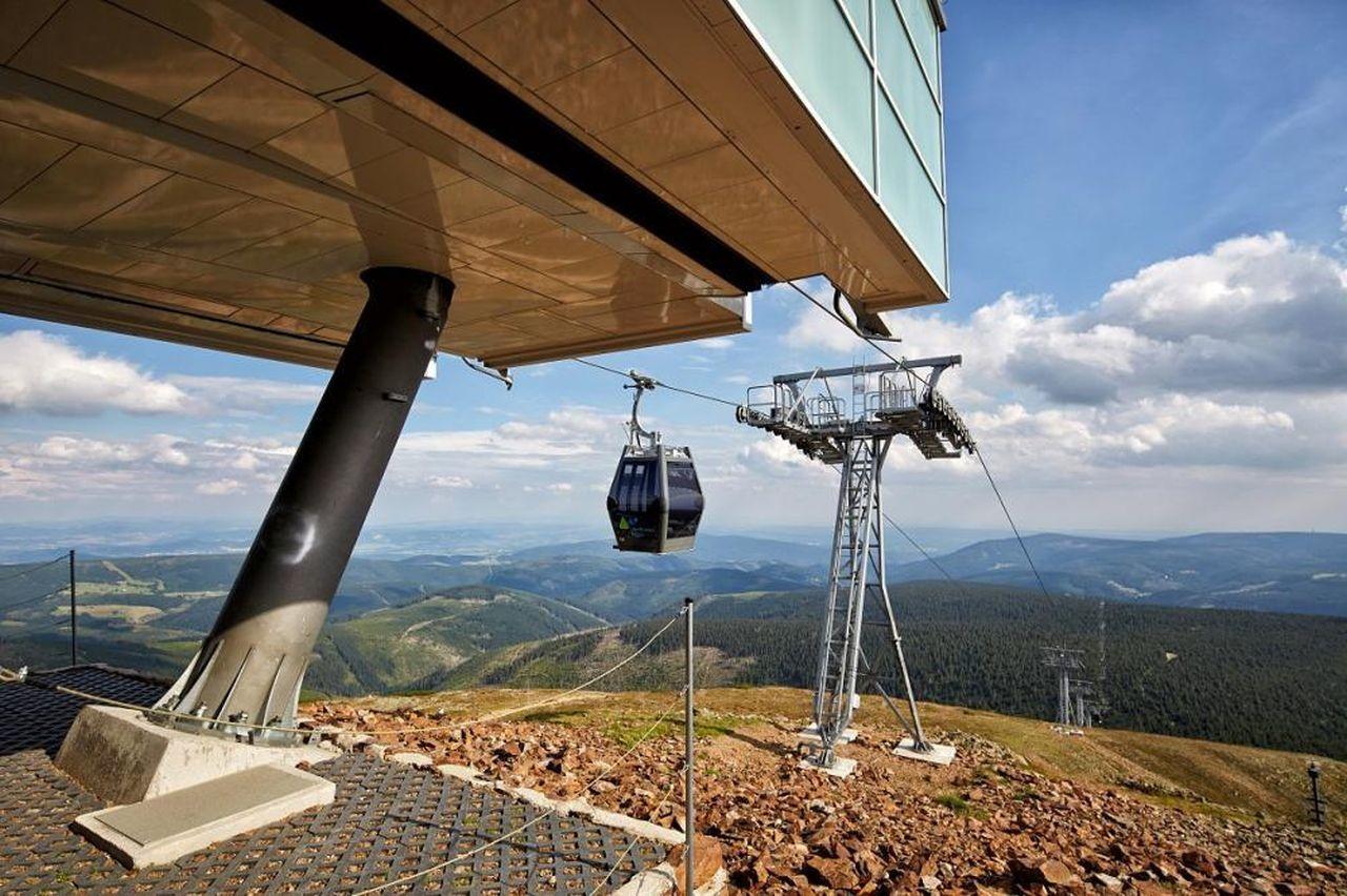 Lanovka na Sněžku, vrcholová stanice. Foto: www.lanovkasnezka.cz