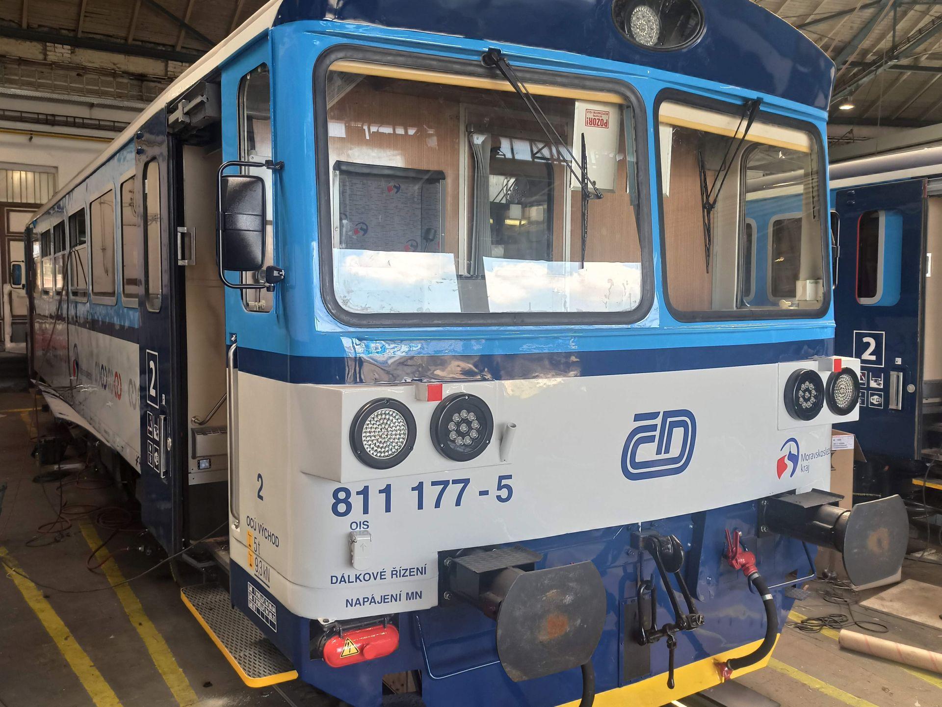 Motorový vůz řady 811. Pramen: České dráhy