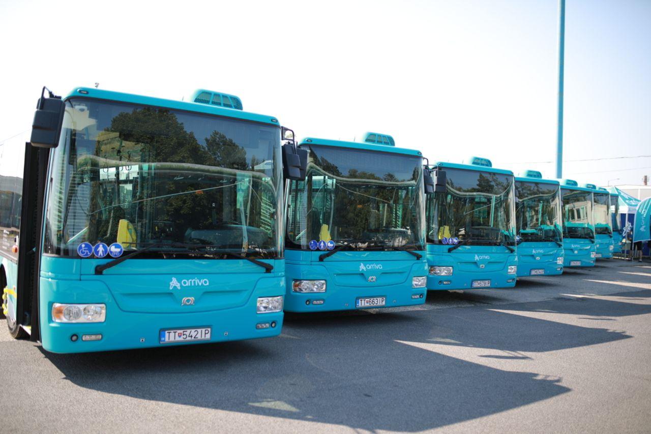 Nové autobusy SOR NB 12 pro provoz v Trnavě. Foto: Arriva