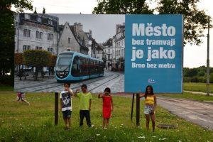 Billboard na konečné v Jablonci nad Nisou. Foto: Jindřich Berounský
