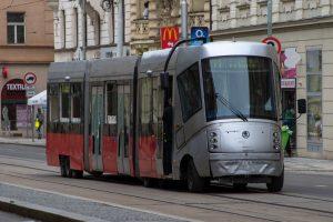 Netradiční vozidlo s tváří tramvaje 14T. Autor: Dalibor Palko