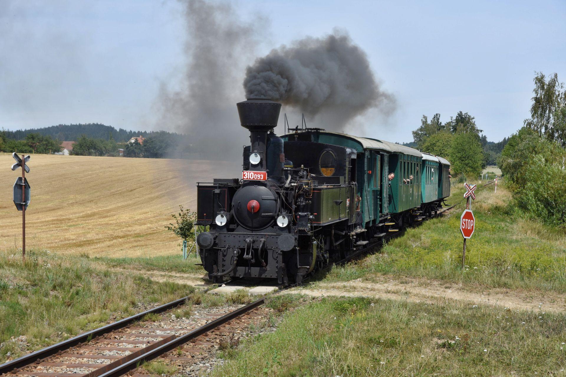Parní lokomotiva Kafemlejnek (310.093). Pramen: České dráhy