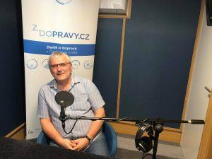 Oldřich Sládek při natáčení podcastu Cesty Zdopravy.cz. Foto: Ondřej Kubala