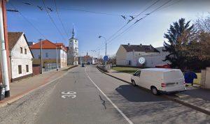 Šípkova ulice v Lázních Bohdaneč. Foto: Google Street View