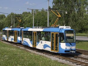 Tramvaj Vario LFR v Ostravě. Foto: DPO