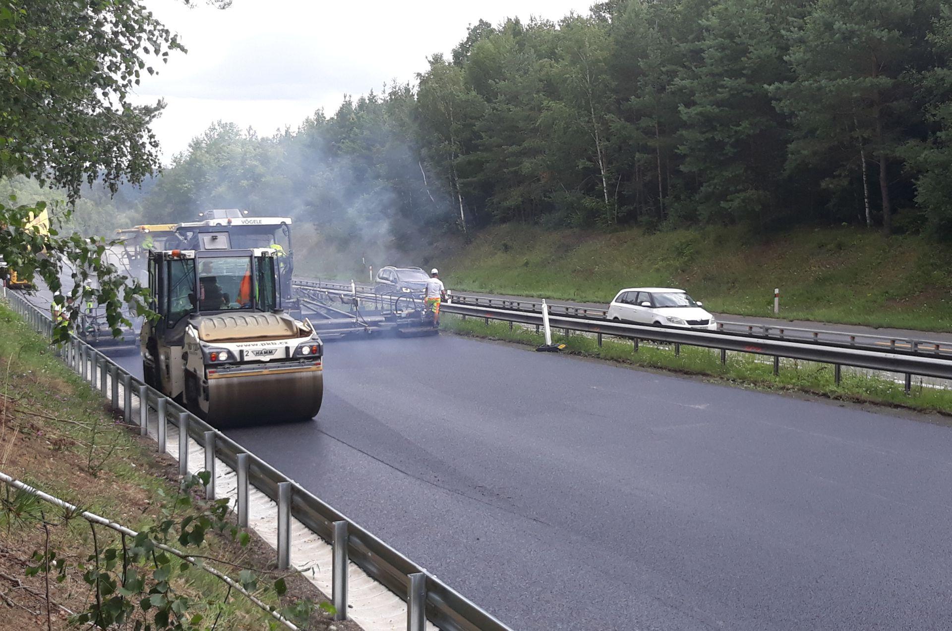 Oprava dálnice D4. Pramen: ŘSD