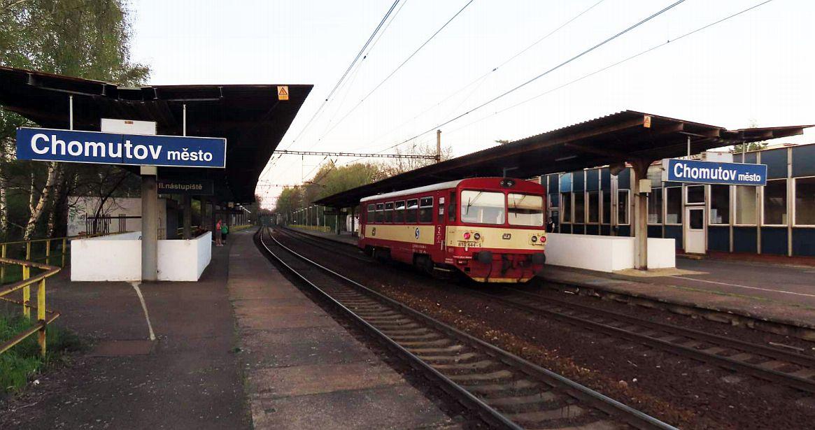 Zastávka Chomutov město. Pramen: Správa železnic