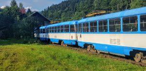 Odstavené tramvaje T3 z Ostravy v Rokytnici nad Jizerou. Foto: Jan Sůra / Zdopravy.cz