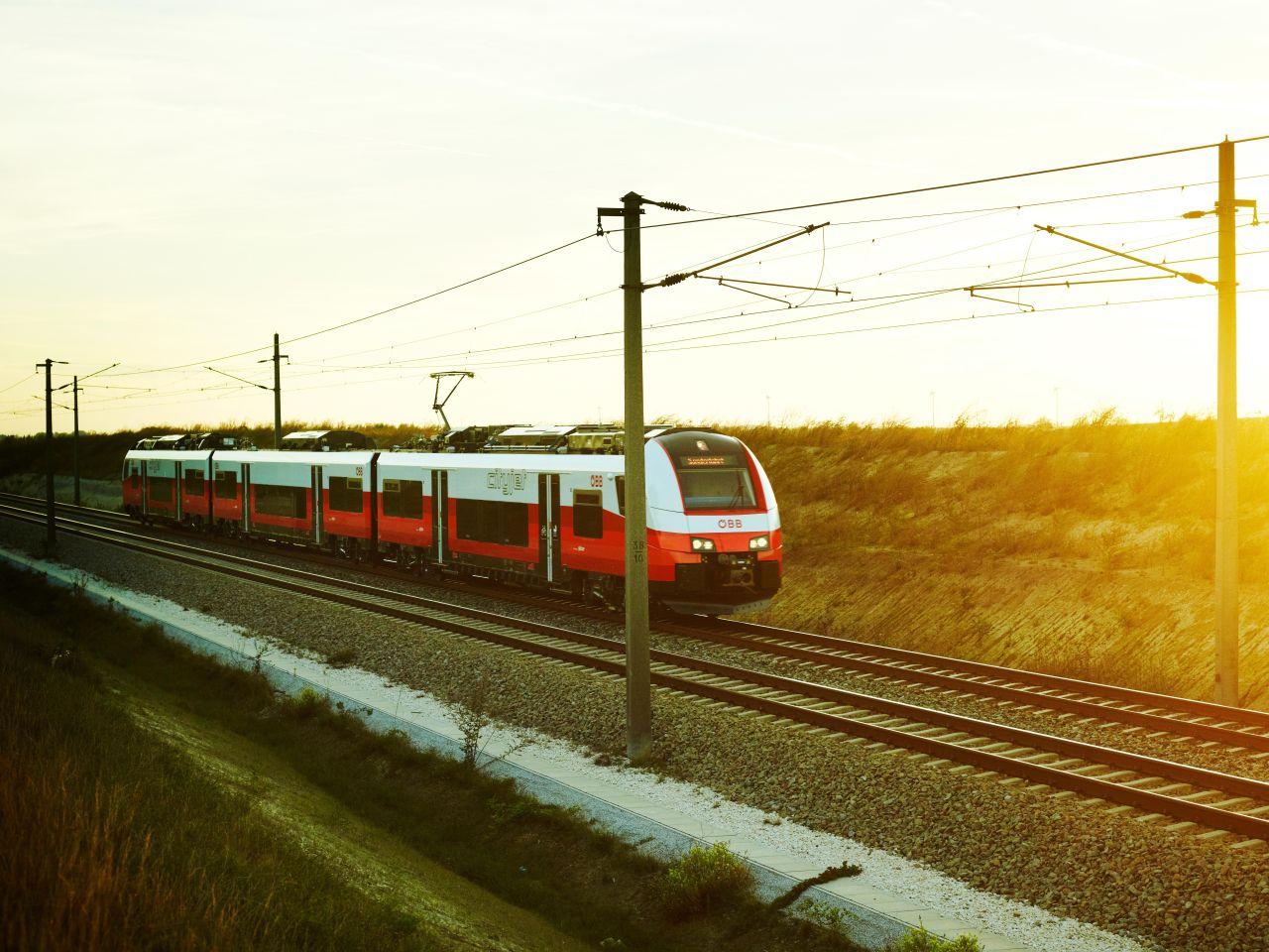 Jednotka Siemens Desiro ML. Foto: Philipp Horak / ÖBB