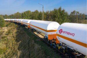 Cisternové vagony na LPG firmy Ermewa. Pramen: Unipetrol