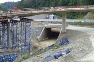 Betonování mostu na křižovatce Rádelský Mlýn. Foto: ŘSD