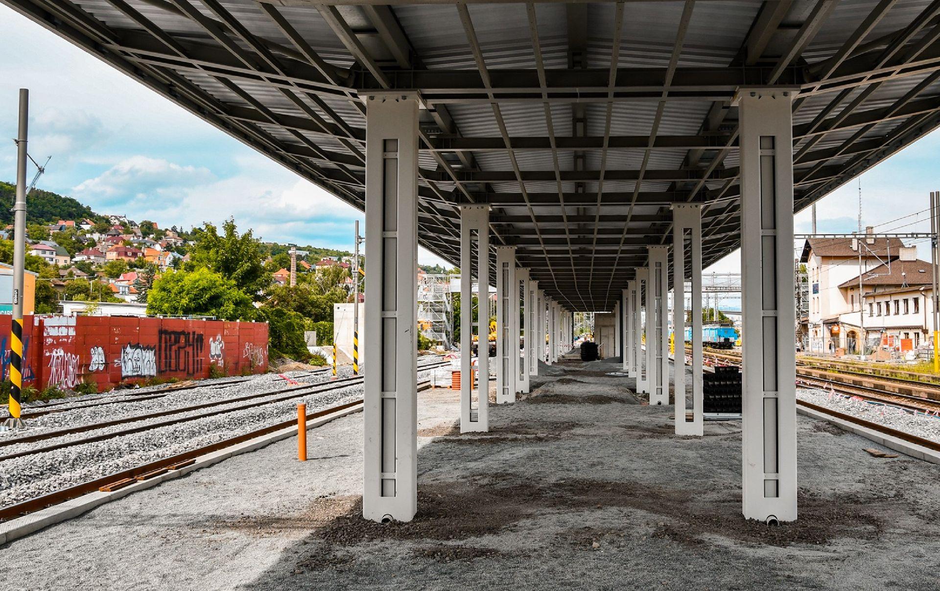 Stanice Radotín. Pramen: Správa železnic