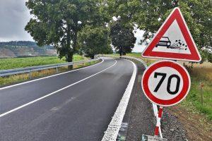 Opravená silnice I/19 v úseku Simtany - Stříbrné Hory