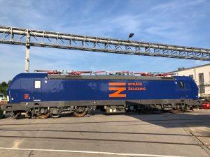 Lokomotiva Siemens Vectron v barvách Správy železnic. Foto: Siemens