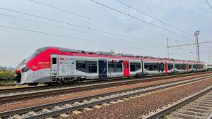 Nová jednotka Regiolis TER Hybrid ve Velimi