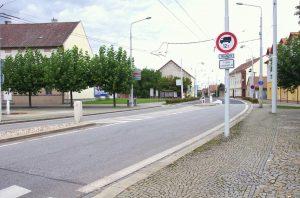 Zákaz vjezdu nákladních aut v Lázních Bohdaneč. Foto: Pardubický kraj