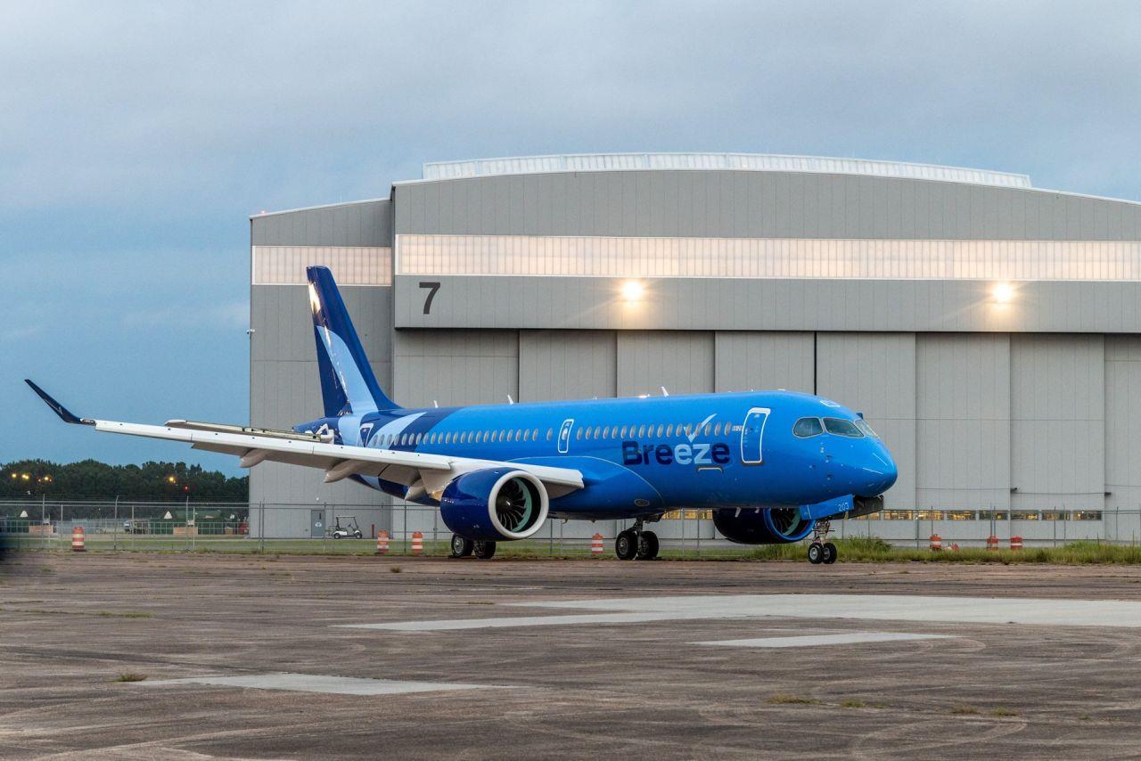 První A220-300 pro Breeze Airways. Foto: Airbus