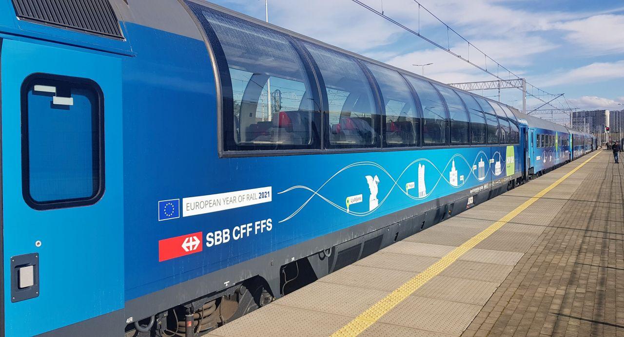 Souprava Connecting Europe Express v Gdaňsku. Foto: Jan Sůra / Zdopravy.cz
