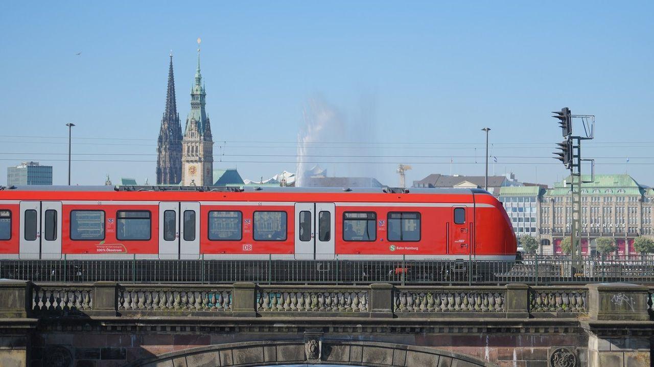 Jednotky řady 490 pro S-Bahn v Hamburku. Foto: Alstom