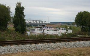 Vraňansko-hořínský kanál, pevný silniční most, Lužec. Pramen: ŘVC