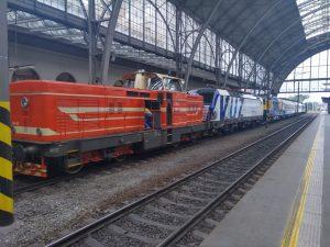 Přeprava vozidel pro expozici v Lužné. Foto: Oldřich Sládek
