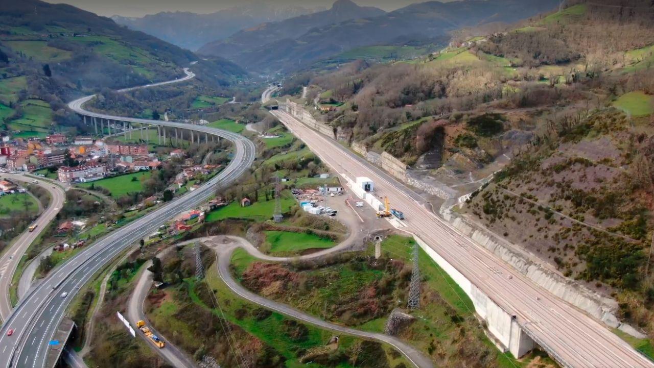Stavba vysokorychlostní trati propojující León a Asturii. Foto: Adif