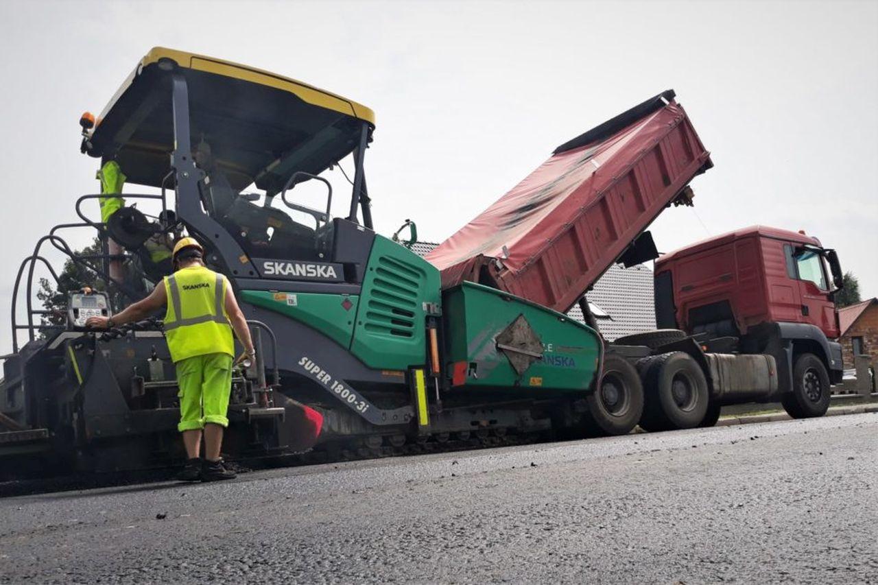 Oprava asfaltového krytu. Foto: ŘSD