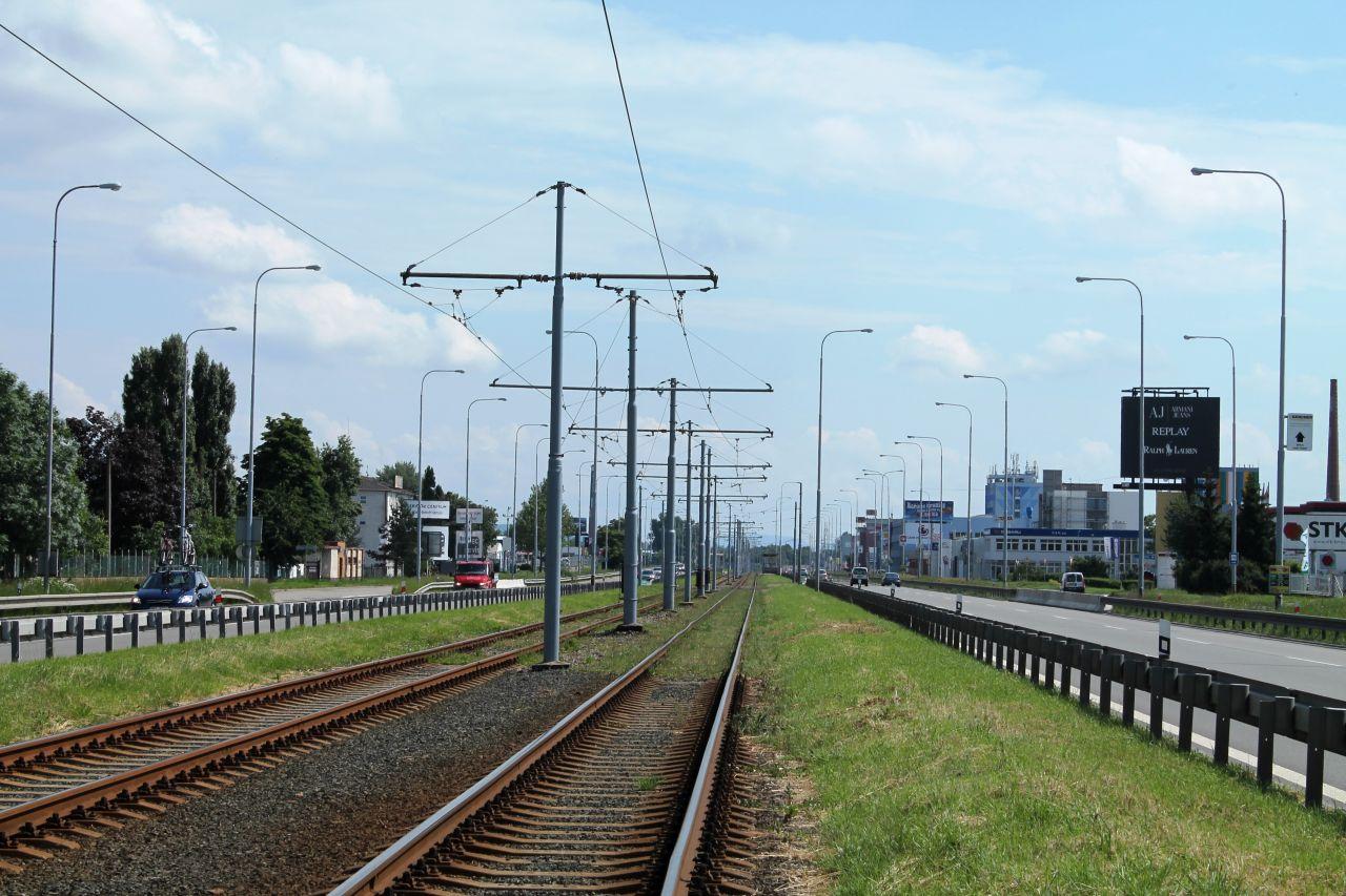 Tramvajová trať na Vídeňské ulici. Foto: Harold / Wikimedia Commons