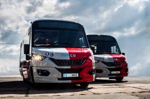 Nový minibus Dekstra dopravce Lutan v barvách PID. Foto: Dekstra Bus