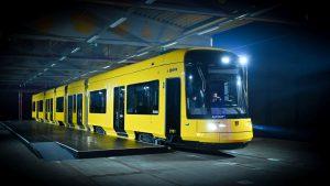 Nová tramvaj NGT DX DD pro Drážďany. Foto: DVBPräsentation des ersten neuen Stadtbahnwagens für Dresden