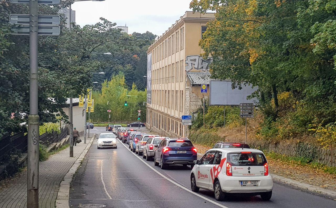 Jablonecká ulice v Liberci. Foto: Jan Sůra / Zdopravy.cz