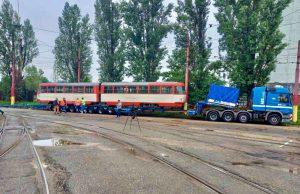 Převoz tramvaje K2 z Bratislavy do Brna. Foto: Dopravný podnik Bratislava