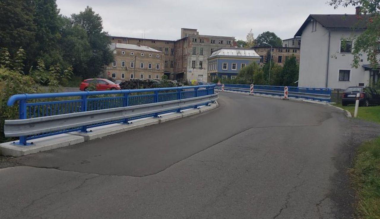 Oprava mostu na silnici II/265 u Krásné Lípy. Foto: SaM Silnice a mosty